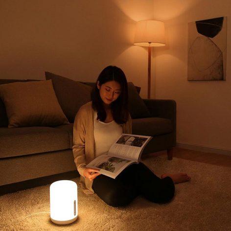 Smart Bedside lamp as reading light